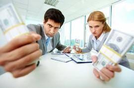 Ser hombre o mujer, ¿influye a la hora de contratar un seguro?