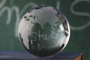 Estudiar en el extranjero: Todo lo que debes saber para contratar un seguro