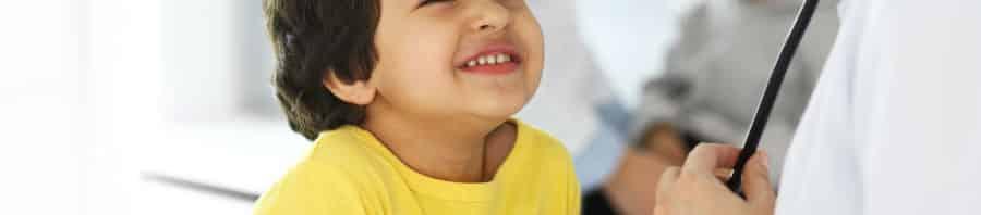 Seguro salud niños merece la pena