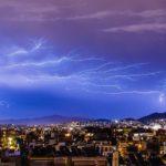 ¿En qué consiste la cobertura de daños eléctricos en el seguro de hogar?