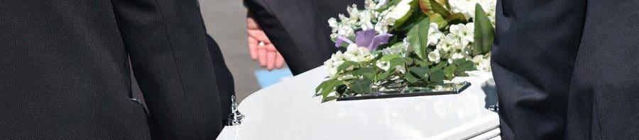 Quién paga el entierro si el fallecido no tiene seguro de decesos