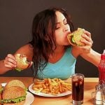 Atracones de comida: ¿Por qué comemos compulsivamente?