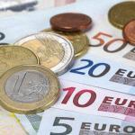 Los españoles destinaron el 4.5 % de su presupuesto en seguros en 2017