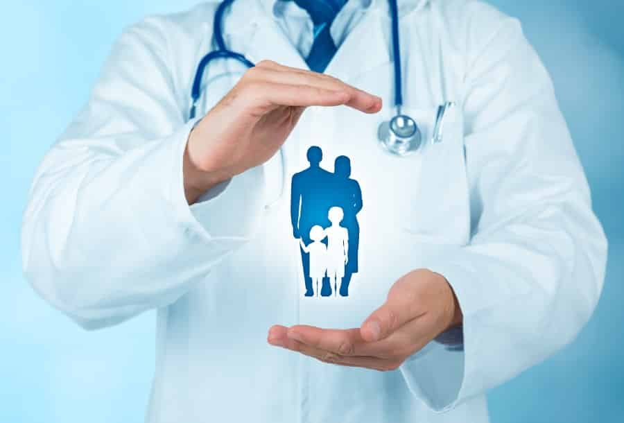 ¿Un seguro de salud de tarifa plana para toda la familia por menos de lo que cuesta un café al día?