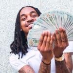 El dinero es más importante para ser feliz de lo que se pensaba, dice un estudio